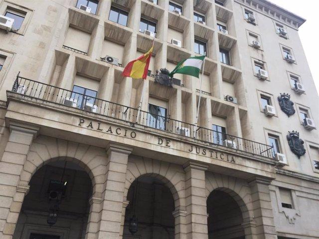 Fachada de la Audiencia Provincial de Sevilla.