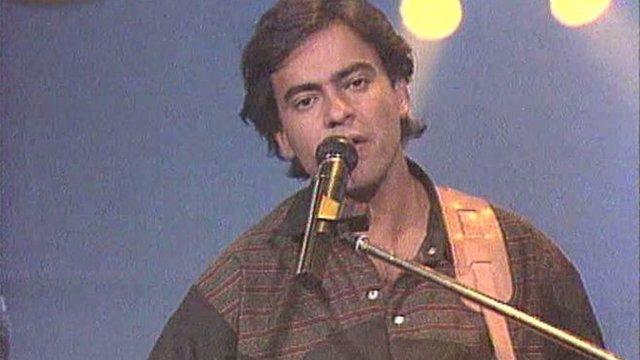 El cantante Enrique Urquijo