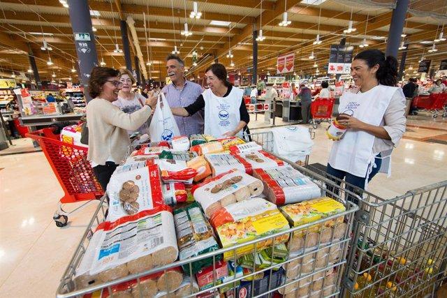 Los bancos de alimentos de C-LM hacen un llamamiento para conseguir voluntarios