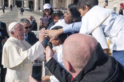 """Papa Francisco.- El Papa condena la """"avaricia"""" que agrava la pobreza"""
