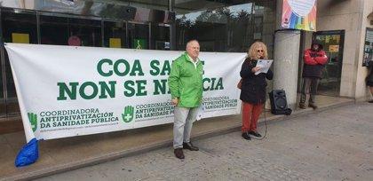 Decenas de personas se manifiestan en A Coruña y Pontevedra contra la venta de Povisa y en defensa de la sanidad pública