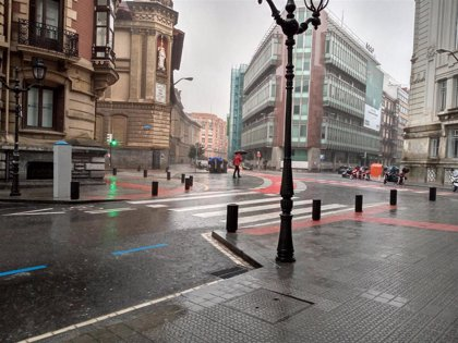 Se mantienen las lluvias, aunque menos generalizadas, este lunes en Euskadi