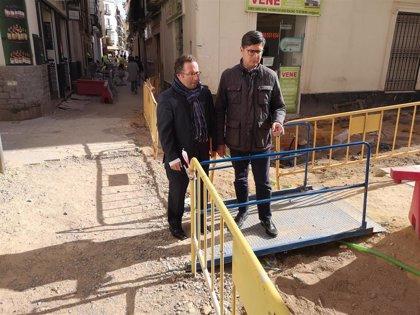 """Cs exige al alcalde de Sevilla que """"no dilate más los plazos"""" de la obra de peatonalización de la calle Baños"""