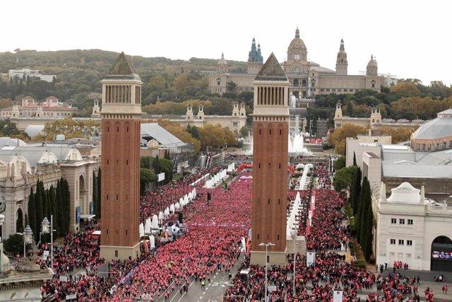 La Cursa de la Dóna de Barcelona acull 36.000 participants, 2.000 més que l'any passat