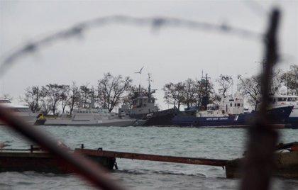 Rusia entrega a Ucrania los tres buques de guerra capturados en el estrecho de Kerch
