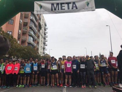 La XX Carrera Popular y la Gran Caminata por la Paz reúnen 1.300 participantes en Jaén
