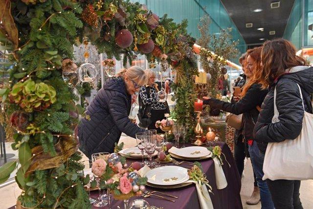 Floristes i decoradors participen en les Mercademostracions de Mercabarna