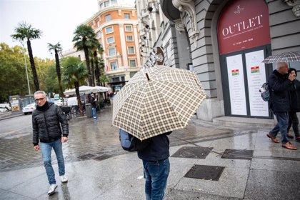 Las lluvias afectan este lunes al norte y sur de España, y especialmente a Baleares