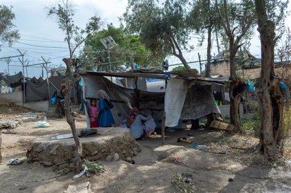 Muere un bebé congoleño por deshidratación en el centro de internamiento de Moria, Grecia