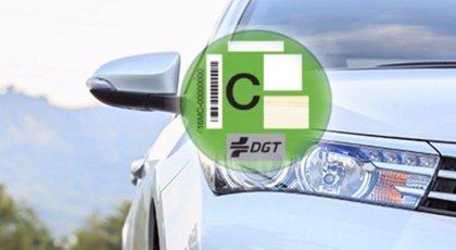 Propietarios de vehículos sin etiqueta recibirán una carta avisándoles de que no podrán aparcar en SER a partir de 2020