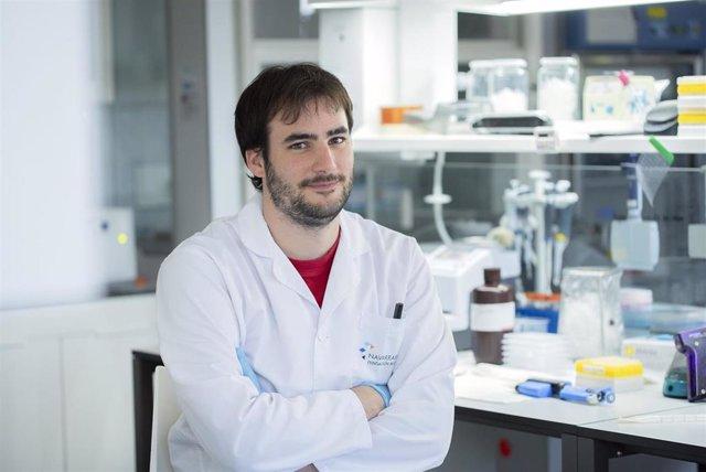 Jaime Ibarrola Ulzurrun, en un laboratorio de Navarrabiomed.