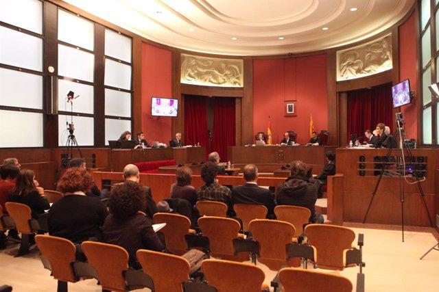 Interior de la sala del Tribunal Superior de Justícia de Catalunya, on declara el president de la Generalitat per no retirar símbols independentistes del Palau de la Generalitat, Barcelona /Catalunya (Espanya), el 18 de novembre del 2019.