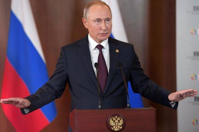 Vladimir Putin, en Brasilia en una cumbre del grupo BRICS