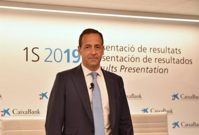 El consejero delegado de CaixaBank, Gonzalo Gortázar, durante la presentación de los resultados de la entidad, correspondientes a los seis primeros meses de 2019.