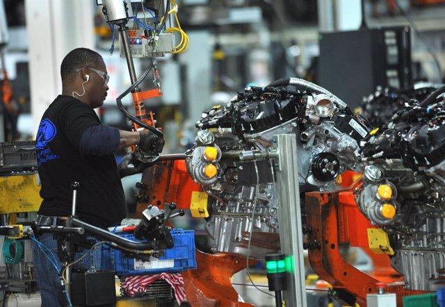 Economía/Motor.- Ford y trabajadores ratifican el convenio en EE.UU. con inversi