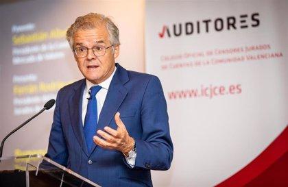 La CNMV advierte de cuatro 'chiringuitos' financieros