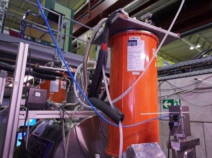 ¿Hay vínculo entre los misterios de la antimateria y la materia oscura?