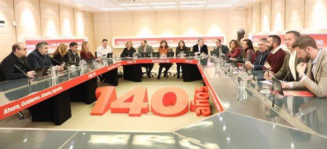 La Comisión Permanente de la Ejecutiva Federal aprueba la consulta a la militancia sobre el acuerdo con Podemos
