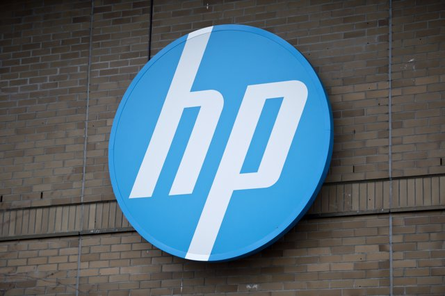 FILED - 09 December 2014, Boeblingen: The logo of the computer company HP can be seen on a building. Photo: Daniel Naupold/dpa