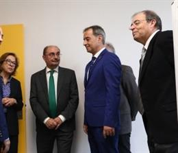 El presidente de Aragón, Javier Lambán, durante la inauguración del nuevo centro de salud de Binéfar (Huesca).