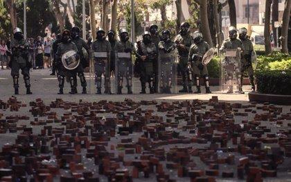 China.- La UE ve preocupante la escalada de violencia en la Universidad Politécnica de Hong Kong y pide contención