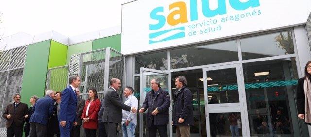 El presidente de Aragón, Javier Lambán, inaugura el nuevo centro de salud de Binéfar (Huesca).