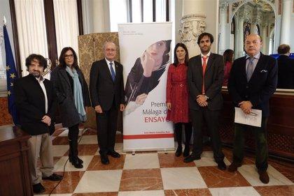 El escritor Jorge Freire, ganador del XI Premio Málaga de Ensayo 'José María González Ruiz'