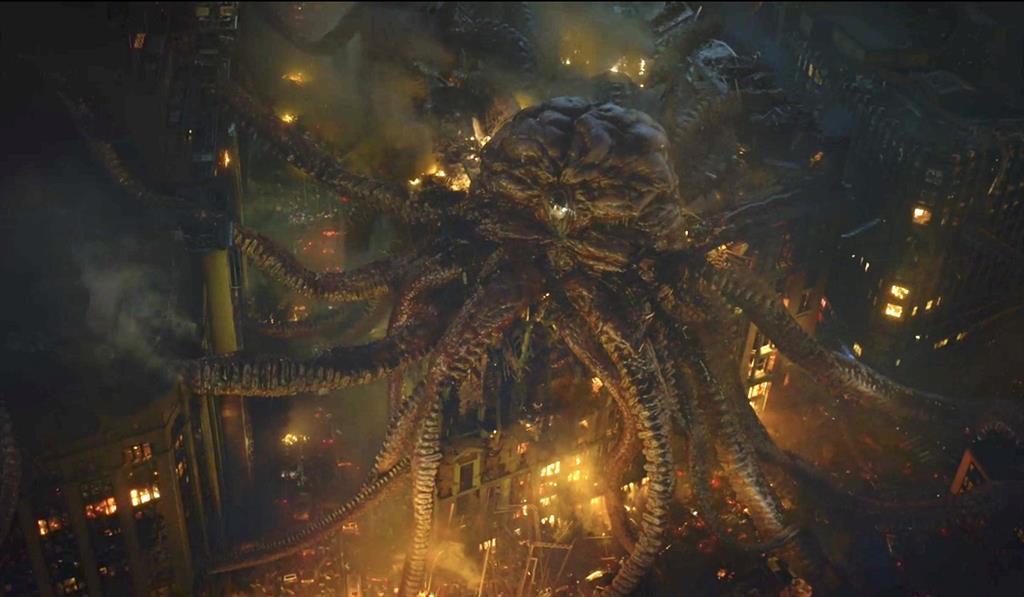 Watchmen muestra el ataque del calamar gigante y revela su conexión con un personaje clave - CulturaOcio
