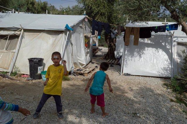 Europa.- Más de 1.300 migrantes llegan durante el fin de semana a Grecia