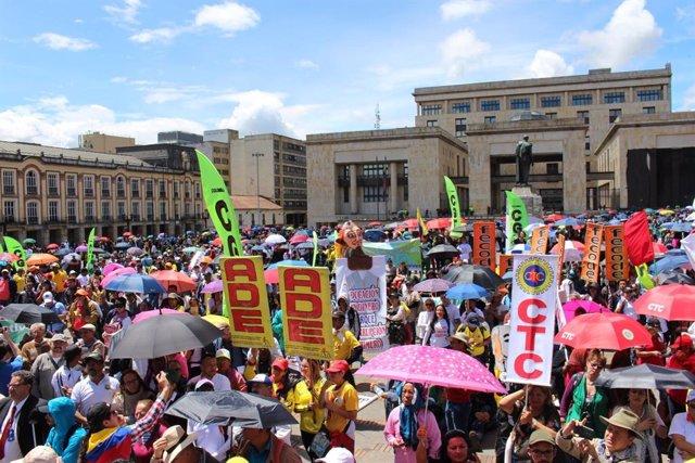Colombia.- El Gobierno de Colombia baraja el toque de queda si hay violencia dur