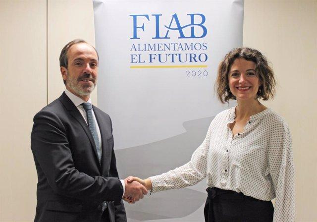 Mauricio García de Quevedo, director general de FIAB, junto a Luján Soler, decana del CODINMA.