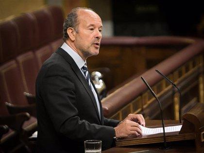 Los procuradores otorgan al portavoz socialista de Justicia, Juan Carlos Campo, su 'Premio Excelencia y Calidad'