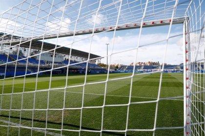 Aficionados profieren insultos machistas a una árbitra en un partido de fútbol en San Lorenzo