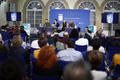 Diputación de Almería acoge presentación del libro de poesía y fotografía 'Esta es la Habana de los Viejos Muros'