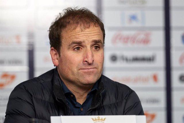 Fútbol.- Jagoba Arraste renueva como entrenador de Osasuna hasta 2022