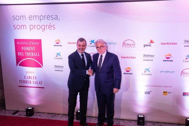 El primer tinent d'alcalde de Barcelona, Jaume Collboni, amb el president de Foment del Treball, Josep Sánchez Llibre