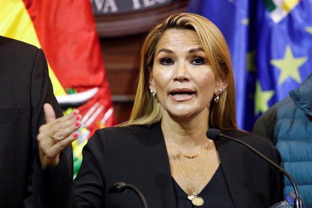 La presidenta interina Jeanine Añez