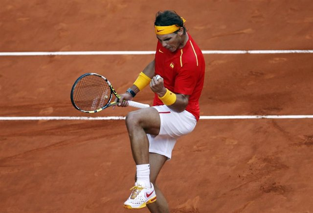 Rafael Nadal vence a Sergiy Stakhovsky en Copa Davis, 13 de septiembre de 2013, Madrid, España