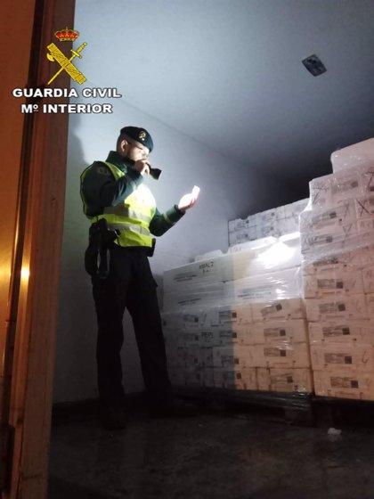 Intervienen más de 5.200 kilos de pescado en un peaje de la A-4 en Sevilla