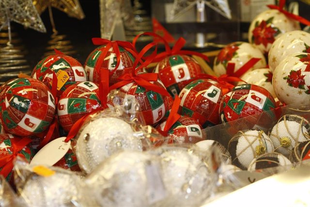 Navidad, navidades, adorno, adornos, guirnalda, guirnaldas, compras