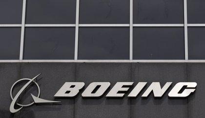 Air Astana firma con Boeing un compromiso de compra para 30 aviones 737 MAX
