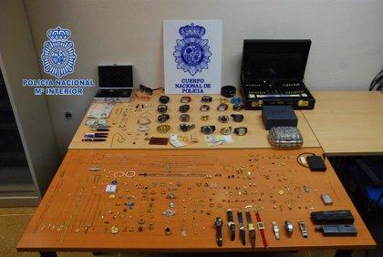 Detenidos en Gijón tres miembros de un grupo criminal itinerante especialistas en robos en viviendas