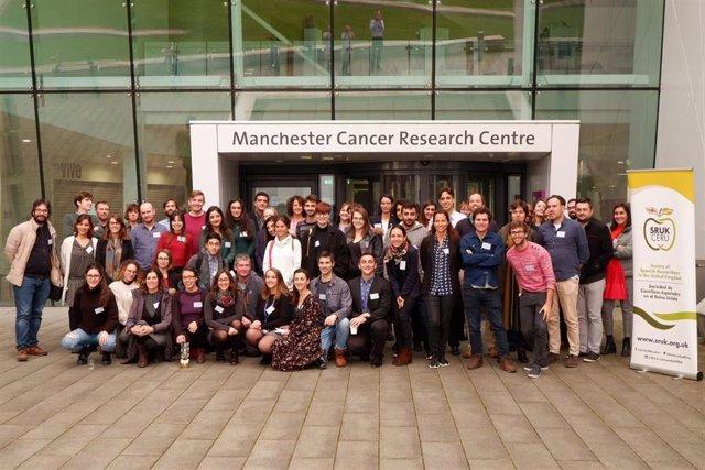 Fotografía de los participantes del encuentro en Manchester.