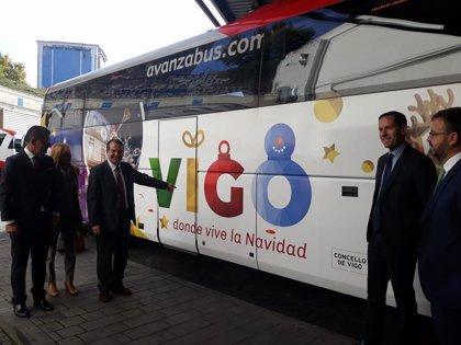 """El alcalde de Vigo ensalza sus luces de Navidad en la capital e insiste en que """"ganan"""" a las de Madrid"""