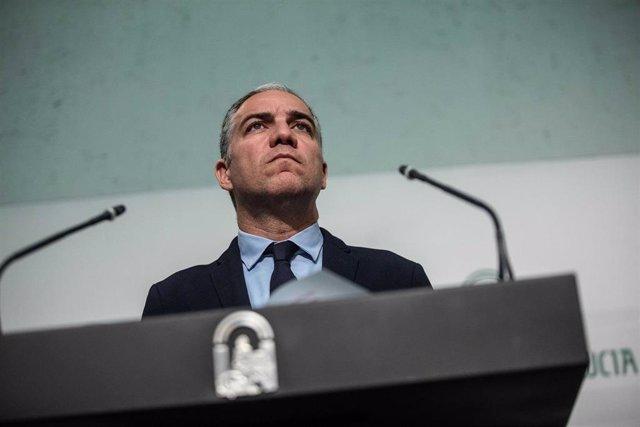 Comparecencia en rueda de prensa del consejeros de Presidencia, Administración Pública e Interior, Elías Bendodo, tras la reunión del Consejo de Gobierno. En Sevilla a 19 de noviembre del 2019
