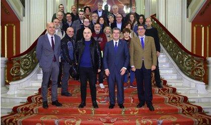 Aburto se reúne con el sector de las artes escénicas de Bilbao para intercambiar y recoger ideas y propuestas