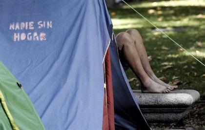 Crece el número de menores en familias 'homeless' en Inglaterra, Irlanda, Nueva Zelanda y EEUU, según la OCDE