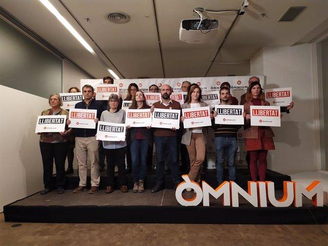 La Junta d'Òmnium Cultural després de la declaració institucional arran de l'informe d'Amnistia Internacional sobre la sentència de el 1-O