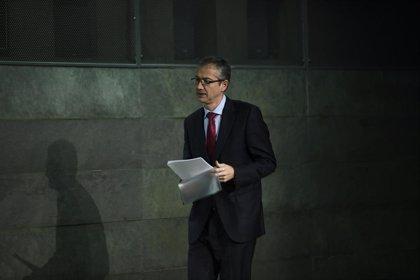 Hernández de Cos, comprometido a tomar medidas para mitigar los riesgos de la tecnología en la banca