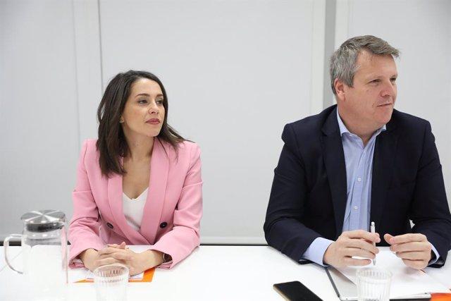 La portaveu de Ciutadans al Congrés dels Diputats, Inés Arrimadas i el sotssecretari general i secretari de Finances del partit